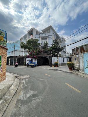 Cần bán nhà góc 2 mặt tiền đường Thạnh Mỹ Lợi, Quận 2, TP Thủ Đức.