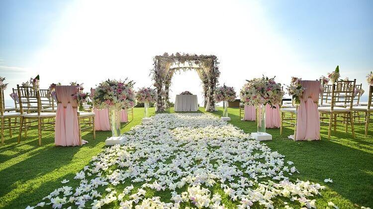 Tại SwanBay sẽ có khu tiệc cưới ngoài trời lãng mạn